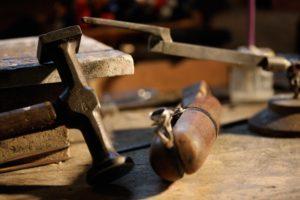 Tom Burn Jewelry Ring Hammer Clamp